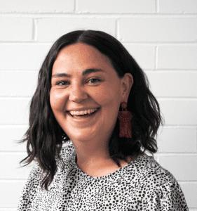Headshot of Mairi McKinnon